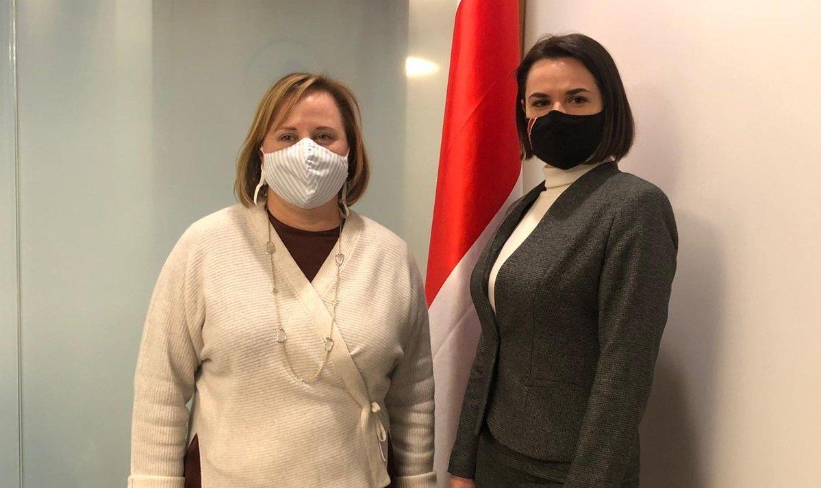 Tikhanovskaya talked to the US ambassador to Belarus