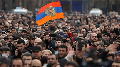 """Ukrainian allusions to the Armenian protests: the reason why it is so difficult to """"roll back"""" the color revolution"""