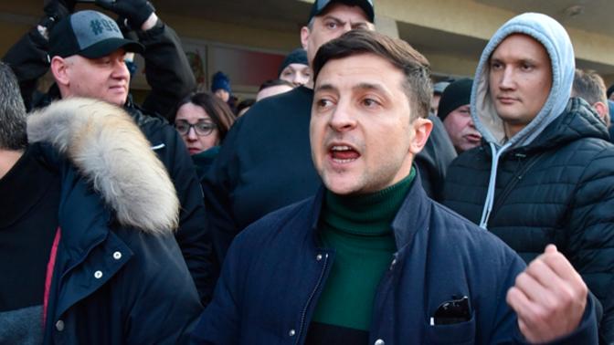 Poll shows Zelensky causes negative emotions in 38% of Ukrainians
