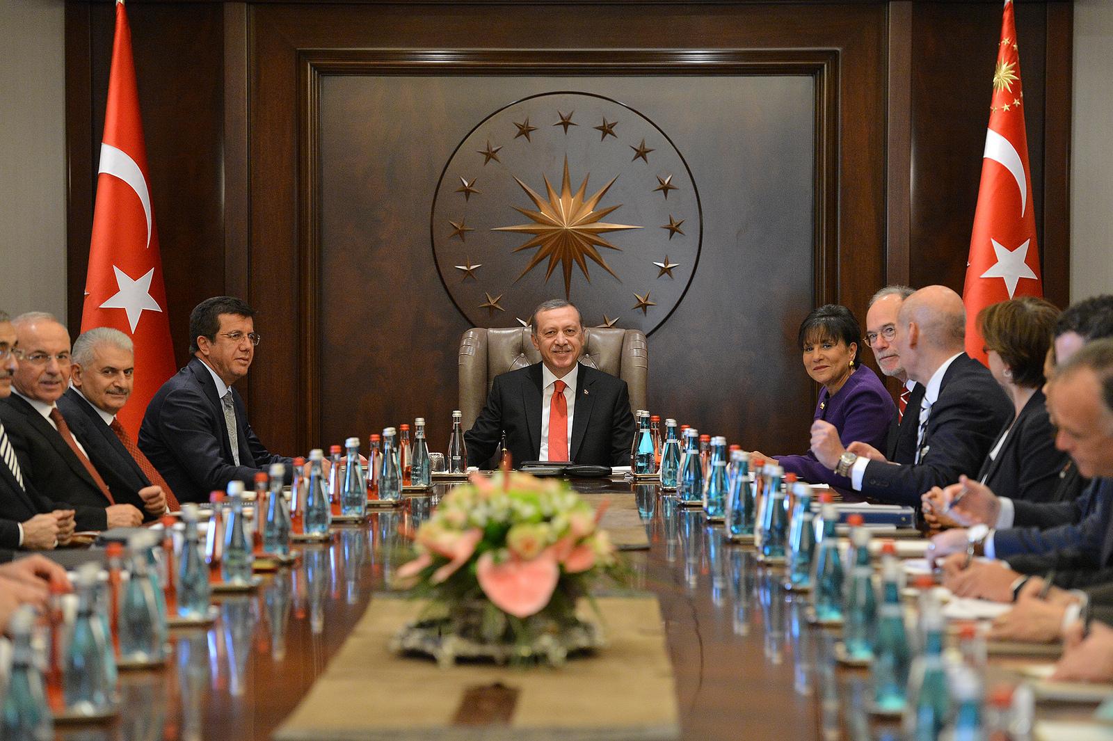 Erdogan to dismiss Turkish government