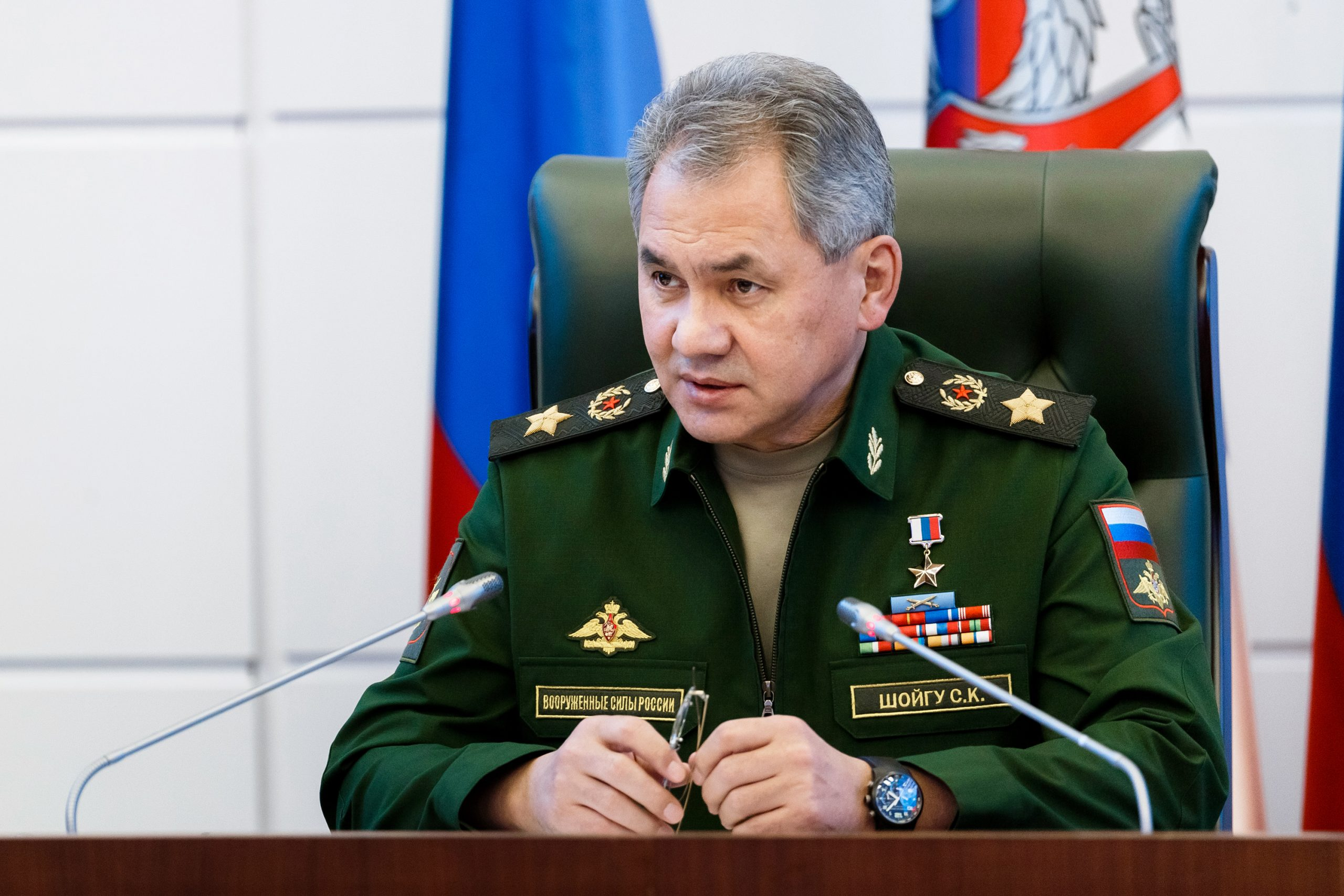 Defense Ministers of Russia and Armenia discuss situation in Nagorno-Karabakh