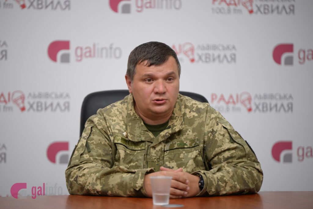 """Ukrainian Armed Forces Colonel scares Russia with ATO """"veterans"""""""