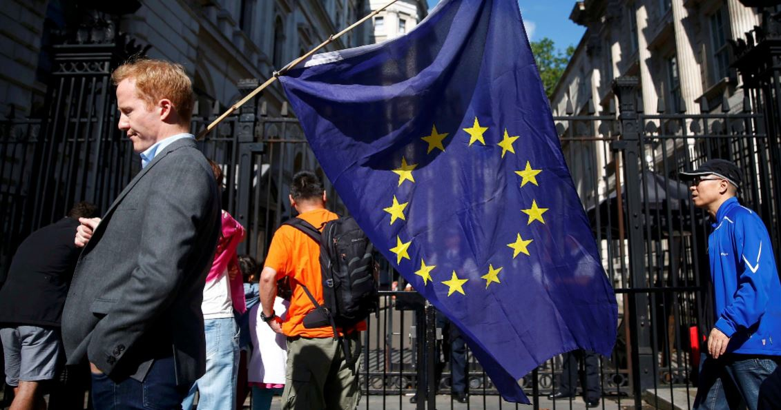 Estonians have started collecting votes to leave the EU