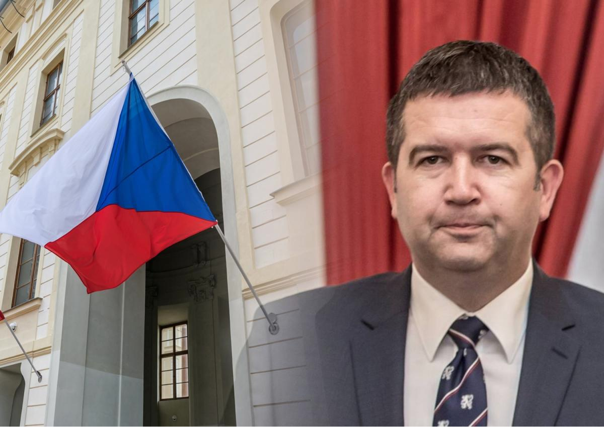 """Czech Republic calls on EU and NATO partners to """"root out Kremlin agents"""""""
