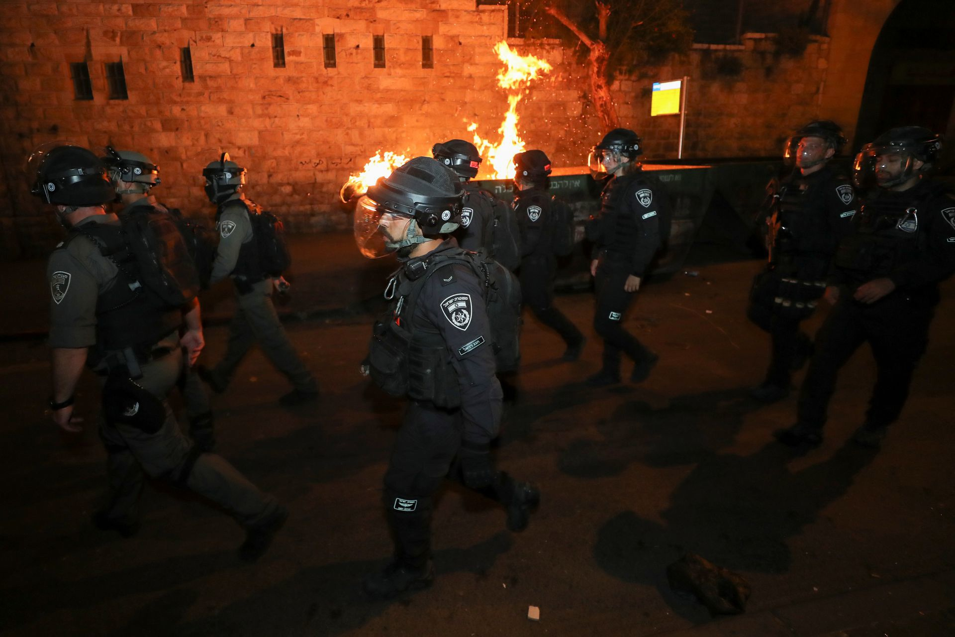 Palestinians and Israeli security forces clash overnight in Jerusalem