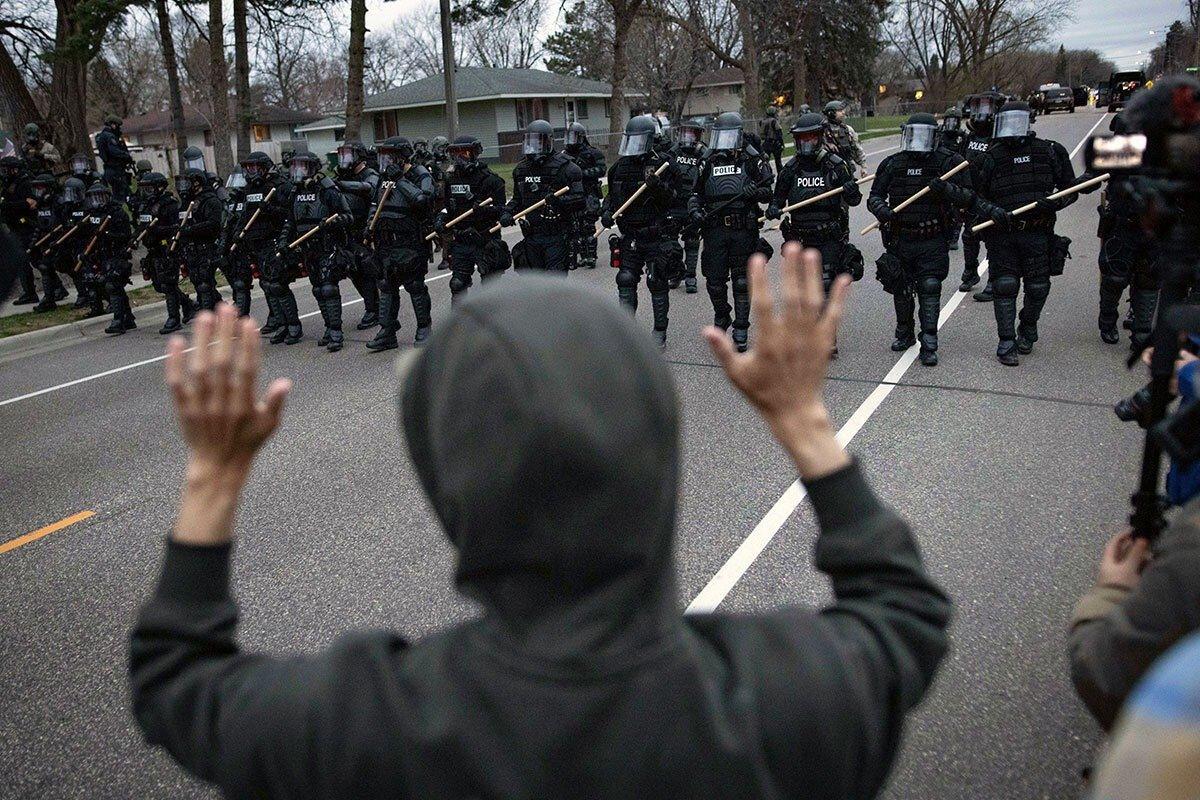 US police kill black man again - now under attack by Biden