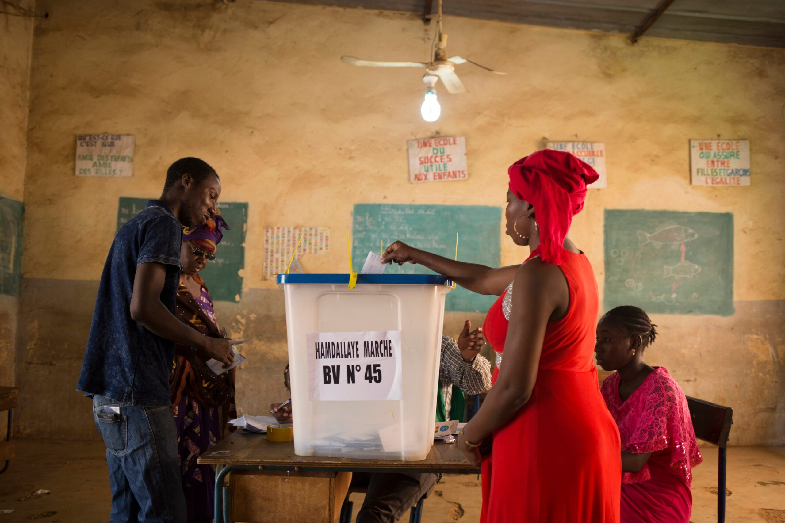 French foreign minister says Paris insists on new elections in Mali
