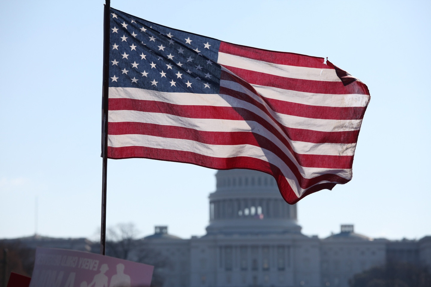 US says it does not want to impose sanctions against Russia