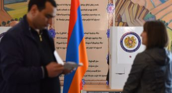Electronic voting in early parliamentary elections starts in Armenia