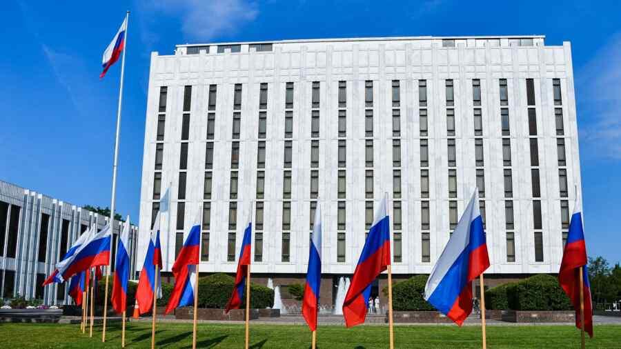 Expert evaluates chances of return of ambassadors after the meeting between Putin and Biden