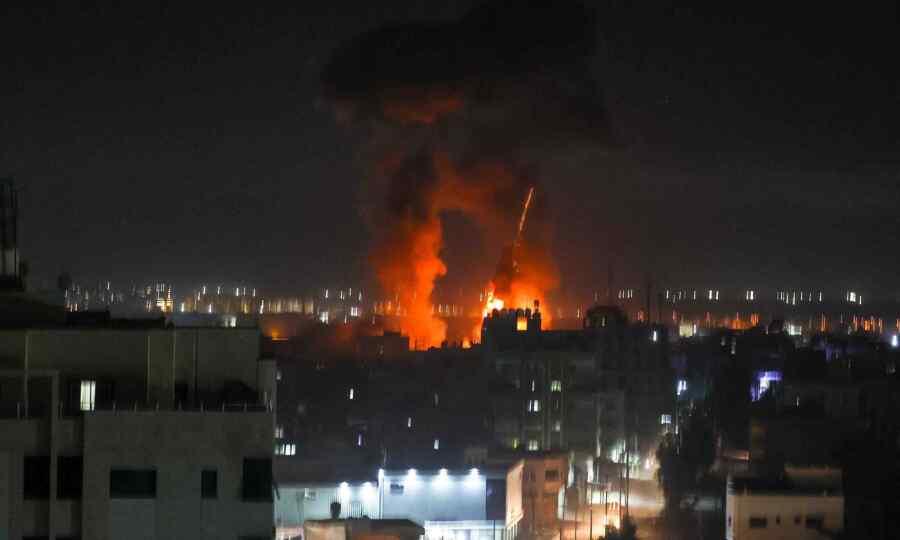 Israel strikes at Hamas targets in the Gaza Strip