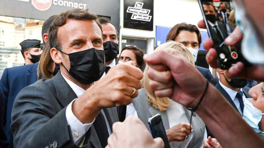 """""""Arranged everything himself"""": French President's rating raised with slaps"""