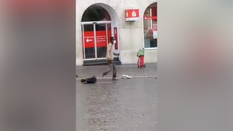 An unknown man attacked passers-by with a knife in Germany