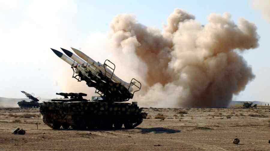 Syrian air defenses repel Israeli missile strike