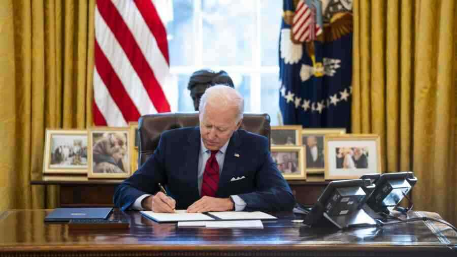 Biden scared of joint press conference with Putin