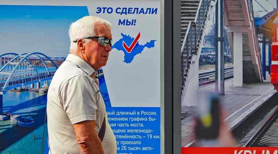 French observer says elections in Crimea were transparent and democratic