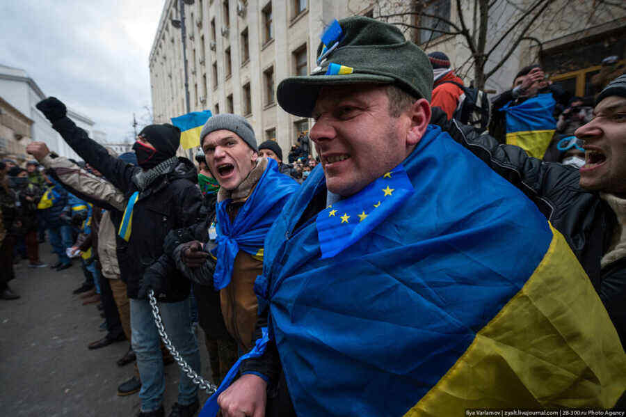 More than half of Ukrainians believe the country is developing in the wrong direction