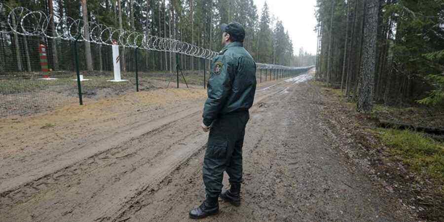 €3 million stolen during construction of fence on Latvia's eastern border