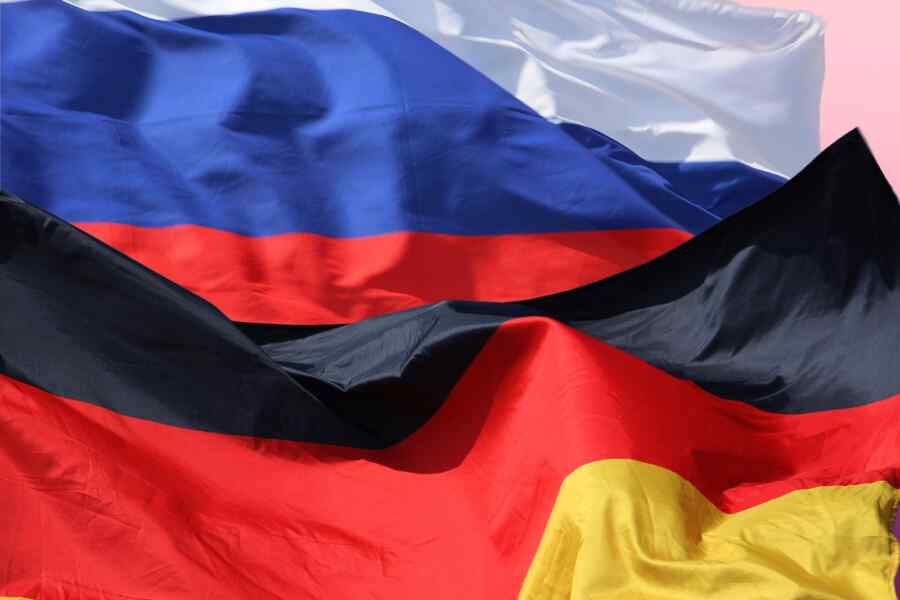 Small parties of Germany called for an alliance with Russia
