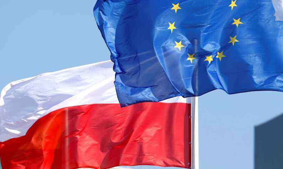 """Fines and sanctions: the EU forces Poland into a """"green"""" future"""