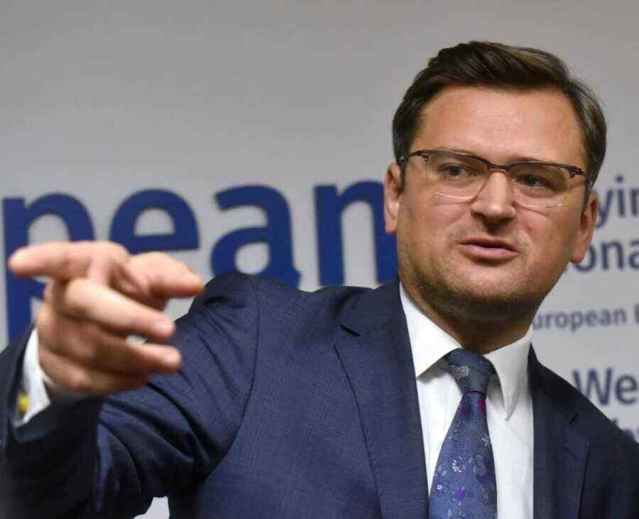 """Ukrainian Foreign Minister scares Russia with """"serious problems"""""""