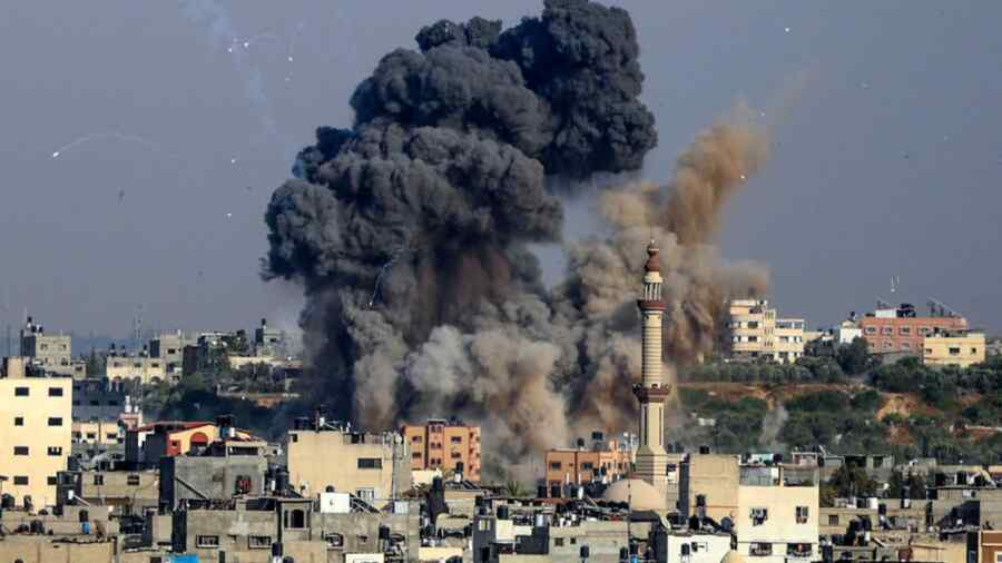 Israel Air Force attacks Hamas positions in Gaza in response to missile launch