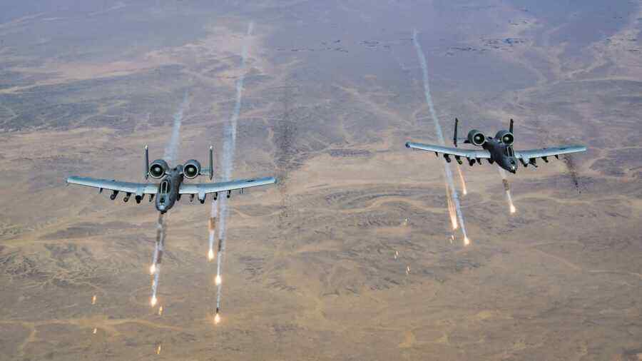 Media: US to continue using naval aircraft to strike terrorists in Afghanistan