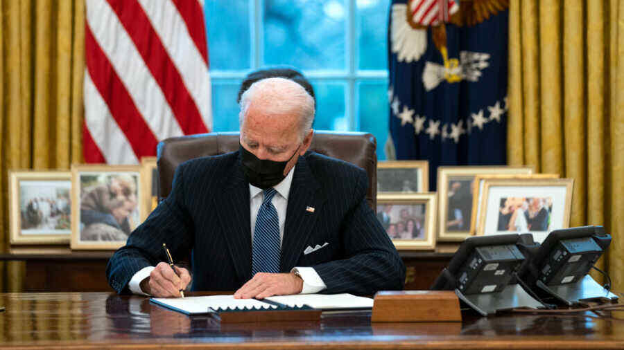 Biden extends sanctions decree for US election interference for another year