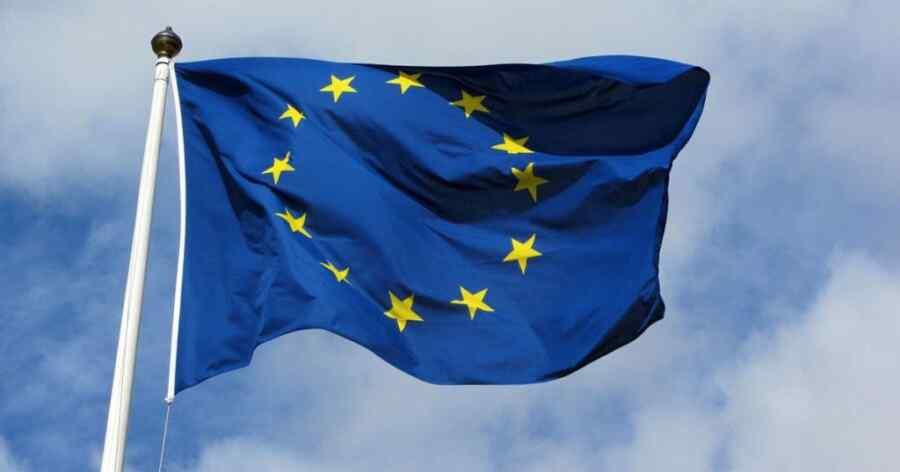 """Feel betrayed"": British Intelligence Veteran explains Europe's current situation"