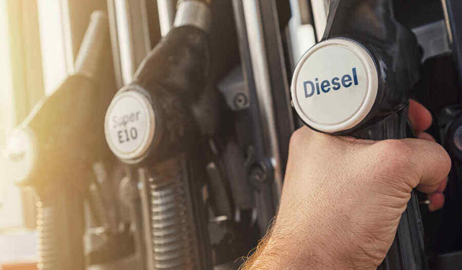 By the end of the week, Ukraine will be covered by a fuel crisis