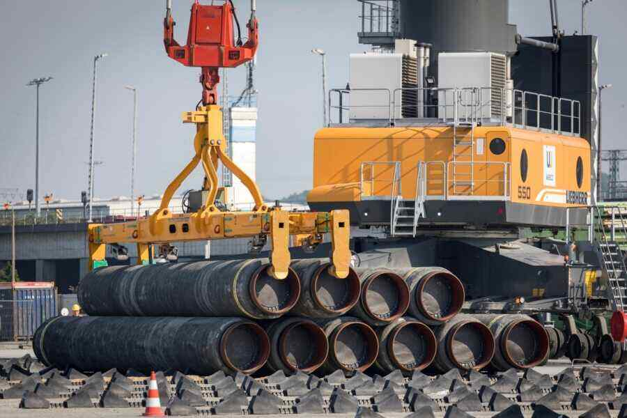 Political analyst Rahr says Europe bears the brunt of the fight against Nord Stream 2
