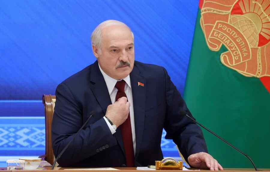 Lukashenko said he did not even think to take revenge on the EU with the help of migrants