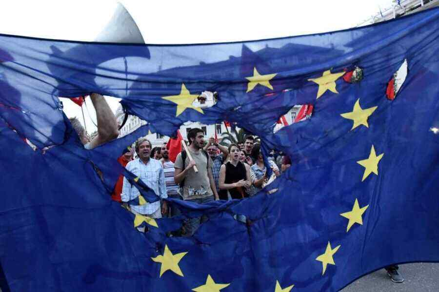 """European Union is divided and weak"""": Britain noted Europe's helplessness in front of Russia"""