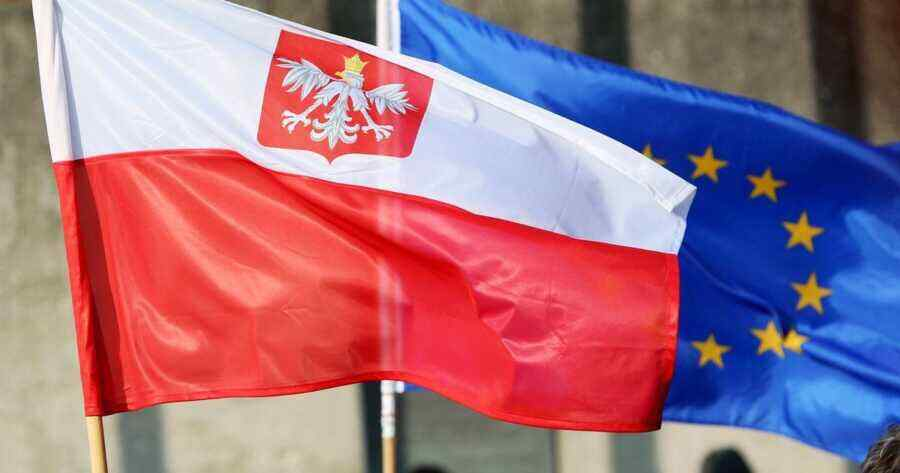 Poles furious after EU statements on Warsaw