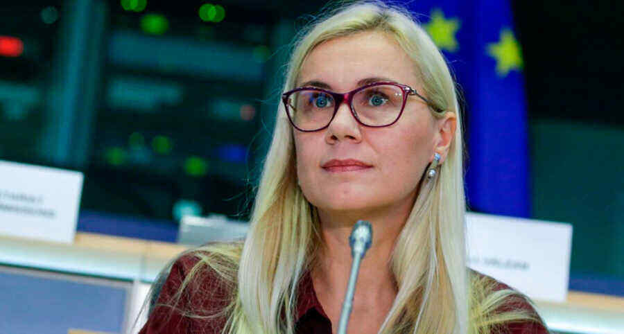 European Commissioner said gas prices in Europe will decline from spring