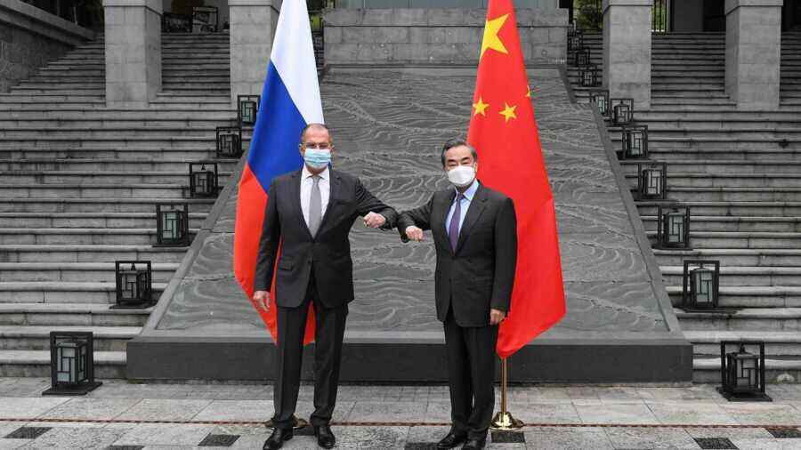 """""""A good neighbour and a great friend"""": China noted Lavrov's words on Taiwan's ownership"""